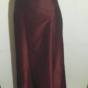 NWT Women's Ann Taylor Burgandy Maxi Skirt Size 2P