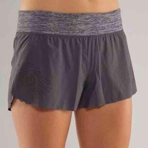Lululemon Weightless Split Shorts in Coal,Size 2