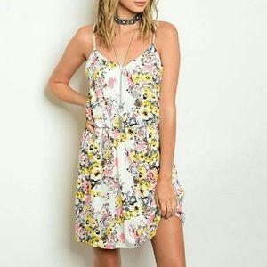Threadzwear Dresses & Skirts - 🌟✨ ONLY 2 LEFT ✨🌟   🌺Pink & Yellow Dress🌺