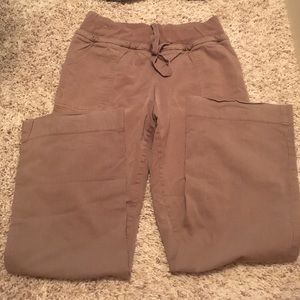 Liz Lange for Target Pants - Liz Lange for Target Maternity corduroy pants