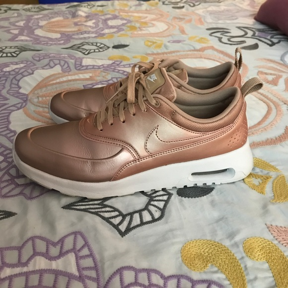 37 off nike shoes hard to find rose gold nike air max. Black Bedroom Furniture Sets. Home Design Ideas