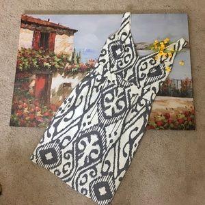 Beth Bowley Aztec V neck dress