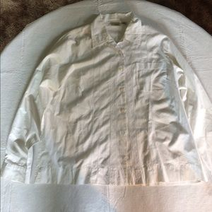 L.L Bean White Long Sleeve front button up