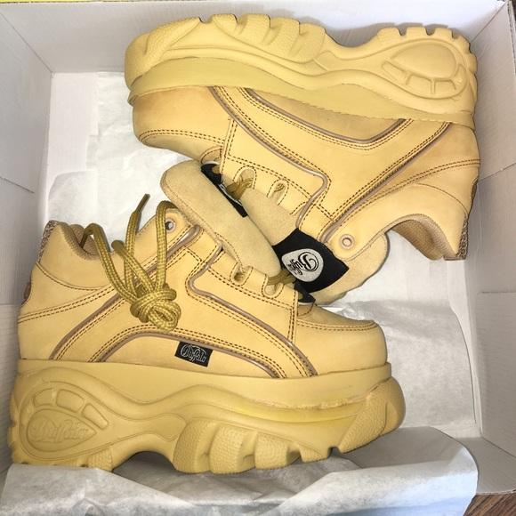 Platform Buffalo Sneakers Classics Poshmark Shoes Classic tqq4p8