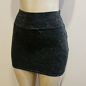 Forever 21 Dresses & Skirts - Mini Skirt super soft fabric size SP