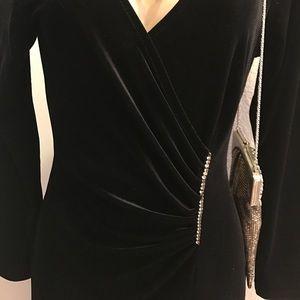bac9d181f00 david wayne Dresses - David Wayne vintage velvet black dress