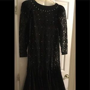Dresses & Skirts - Vintage black lace dress sz Large 12-14