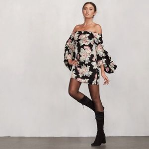 Reformation Casanova Dress Size 4, Brand new
