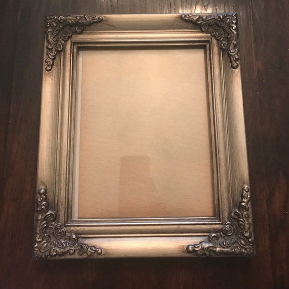 63 off other bronze and gold 8 x 10 picture frame from hallie 39 s closet on poshmark. Black Bedroom Furniture Sets. Home Design Ideas