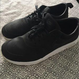 Women's Nike Thea Premium Shoe