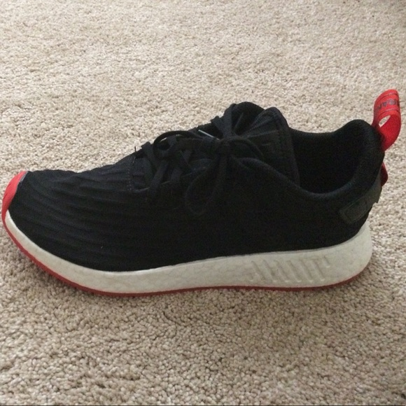 check out 1d227 99982 Nmd r2 black red bred