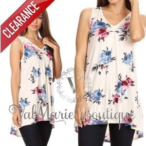📍CLEARANCE 📍White Floral Sleeveless Tunic Top