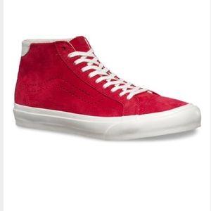 Vans Shoes - Vans Pig Suede Court Mid DX sneaker women10/men8.5