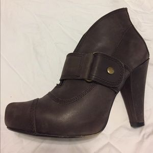 Seychelles Shoes - Platforms