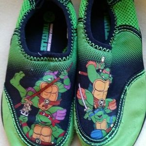 11 By Boris Bidjan Saberi Other - Ninja Mutant Turtle boys beach pool shoes size XL