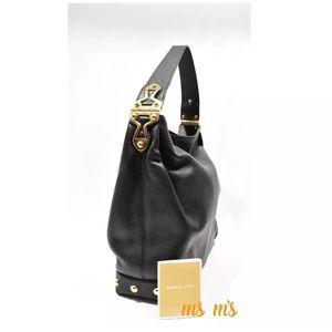 Michael Kors Handbags - NWT MICHAEL KORS Black Leather tote Bag