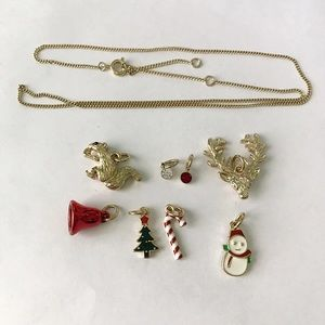 H&M Jewelry - Interchangeable Christmas charm necklace
