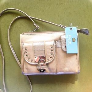 Kathy Van Zeeland Handbags - 🎉Sale✨Kathy Van Zeeland Crossbody