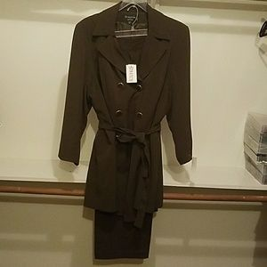 Larry Levine Other - Dressy pantsuit, New with tags