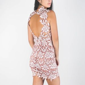 Dresses & Skirts - Blush embroidered dress