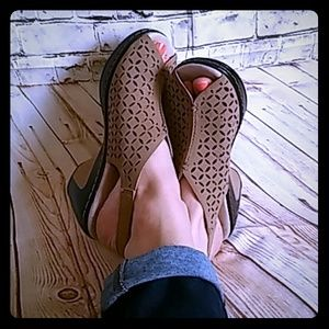 "Jambu Shoes - Jambu (J-41) ""Elizabeth"" Slingbacks"
