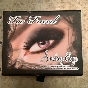 Too Faced Other - LIKE NEW Too Faced Smokey Eye eye shadow palette