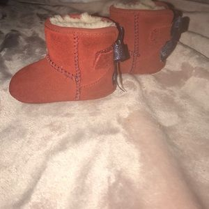 26309631dc1c4 Jessie Bow Bandana UGG with box