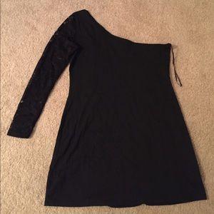 Rare Dresses & Skirts - Black lace one shoulder dress