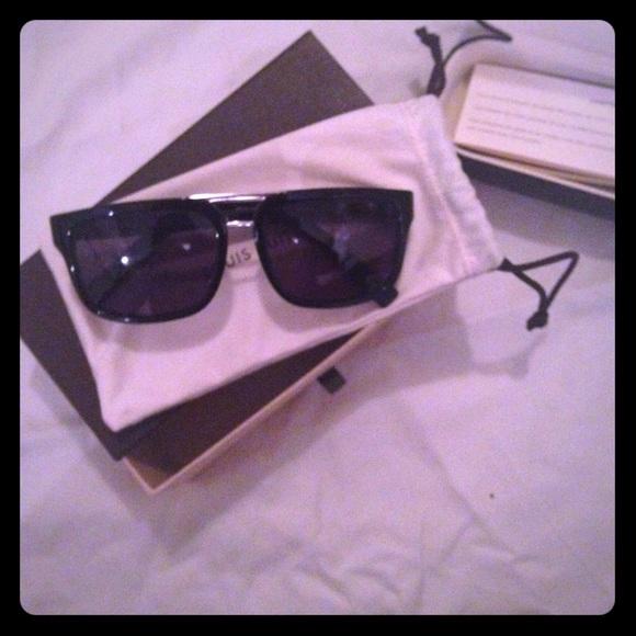 6e3687b5c850 Louis Vuitton Accessories