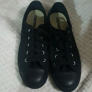 NWOB Converse All Star Black Low Tops Size 7