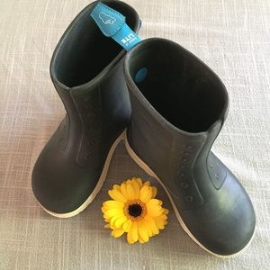 NATIVE YOUTH Other - Native Rainboots Kids Size 13 lightweight