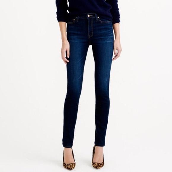 ebc9f013 Zara Denim Dark Wash Skinny Jeans. M_594990aa3c6f9fba1101883d