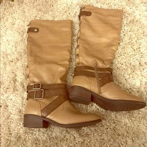 pink & pepper Shoes - NWOT BEIGE BROWN RIDING BOOTS