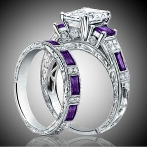 Jewelry - Beautiful violet quartz ring set.
