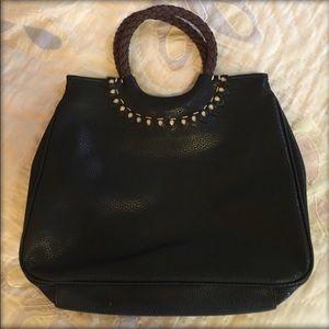 NWOT Liz Claiborne black purse 10X14