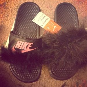 detailed look a9327 165bf Women Nike Fur Slides on Poshmark