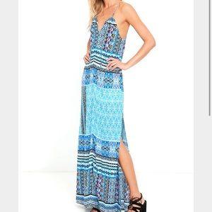 Lulu's Dresses & Skirts - NWOT maxi dress