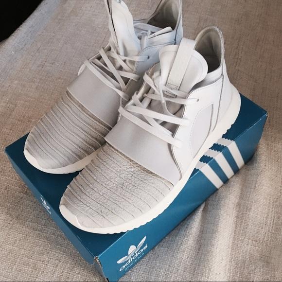 le adidas donne scarpe poshmark tubolari defiant