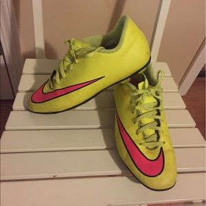 Nike Other - Nike soccer shoes