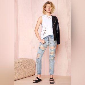 Shredded Boyfriend Jeans