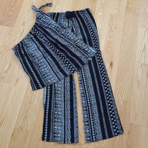 Soho Apparel Other - NWOT!! ADORABLE boho outfit