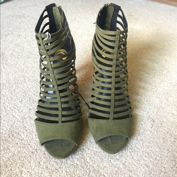 f4cd7a79662 Olive Green Strappy Heels
