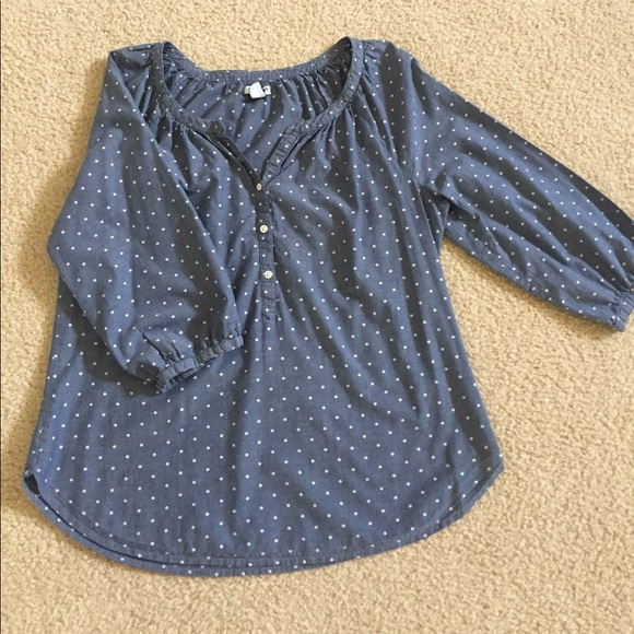 Old Navy Tops - Old Navy 3/4 Sleeve chambray top