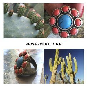 """Jewelmint Jewelry - Jewelmint """"Dahlia Blossom"""" ring. Size 6, fits big."""
