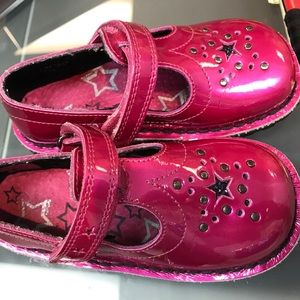 Kickers Other - Kickers star pink Shoes. Size 26 EU