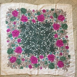 Albert Nipon Accessories - Floral Vintage Albert Nipon Square Scarf