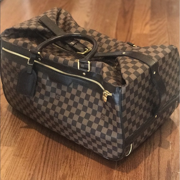 a72cad788528 Louis Vuitton Handbags - LOUIS VUITTON Damier Eole 50 Rolling Luggage