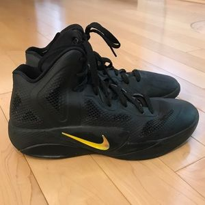 Nike Shoes - Nike Black Hyperfuse