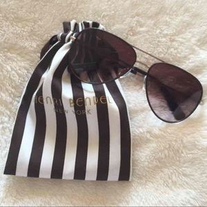 henri bendel Accessories - Henri Bendel Aviator Sunglasses