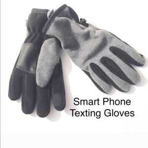 GAP Other - Gap Texting Gloves Size Medium